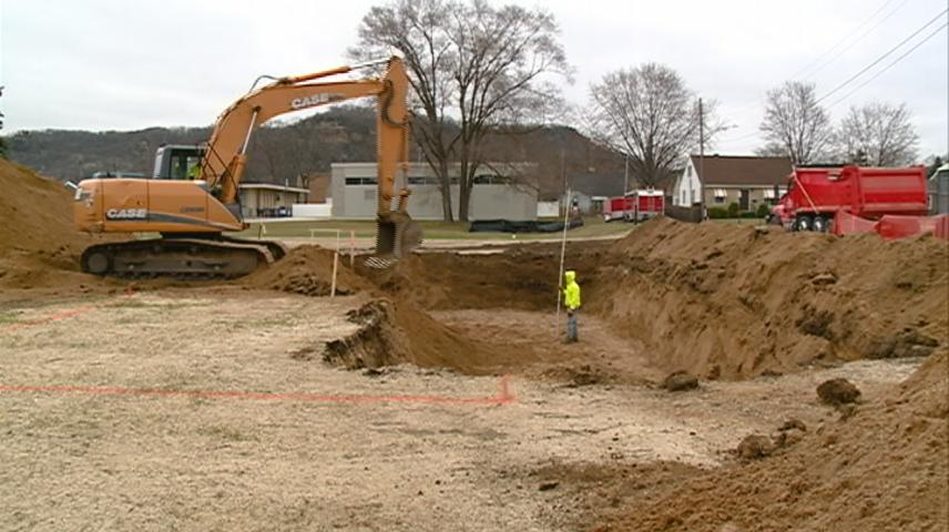 Construction underway on for neighborhood on Green Bay Street in La Crosse