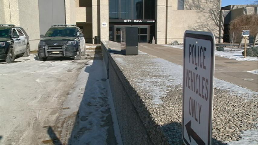 Police parking structure plan clears hurdle