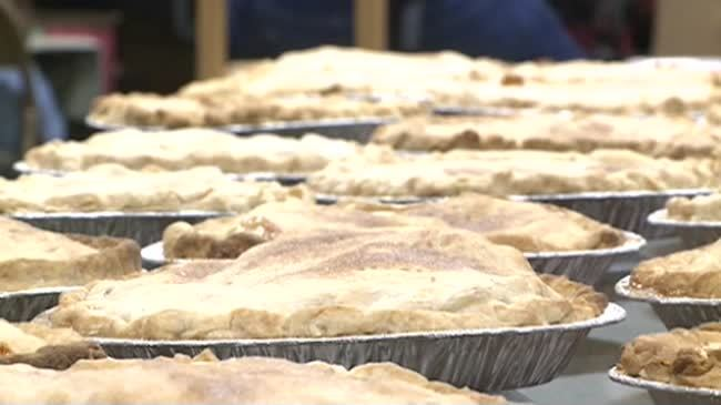 Prince of Peace pie bake kicks off Applefest