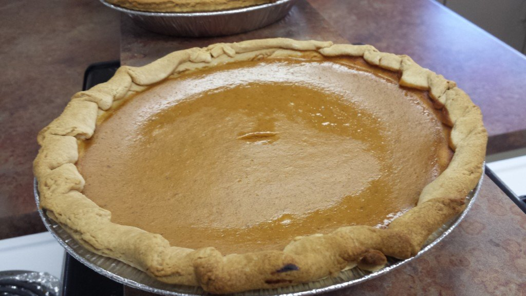 Middle school students bake pies for La Crosse Community Thanksgiving Dinner