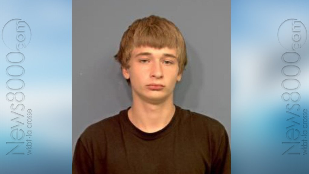 19-year-old wanted for shooting in Milwaukee, possession in Tomah