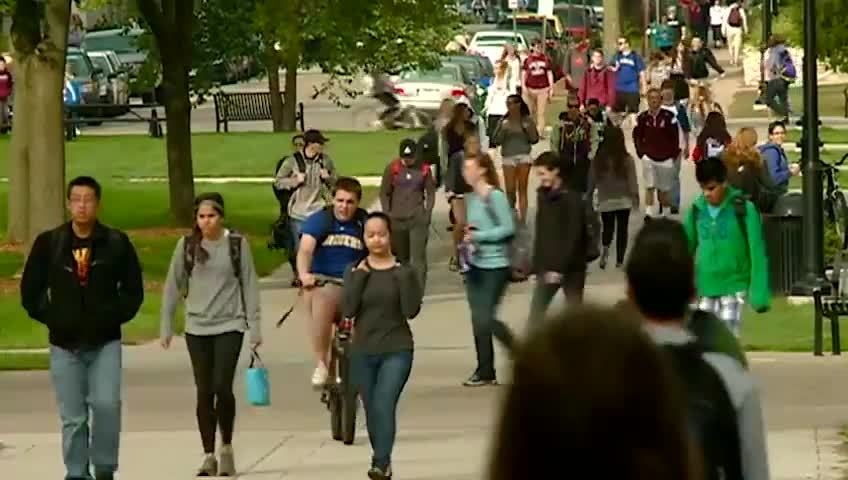 UW-La Crosse enrollment increases again