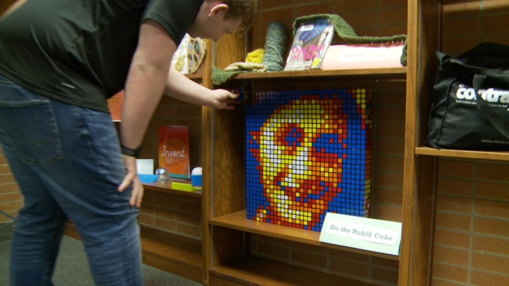 Sparta High School student uses Rubik's Cubes to create portrait of Anne Frank