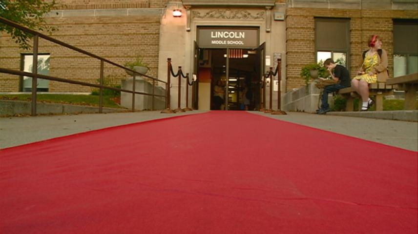 La Crosse students begin new school year on a red carpet welcome