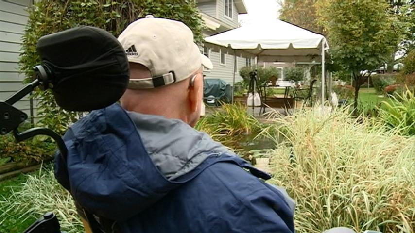 Local group helps paralyzed veteran