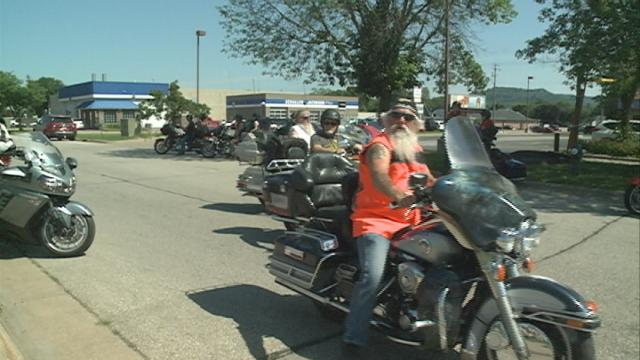 Local volunteers took the fight against cancer to the streets