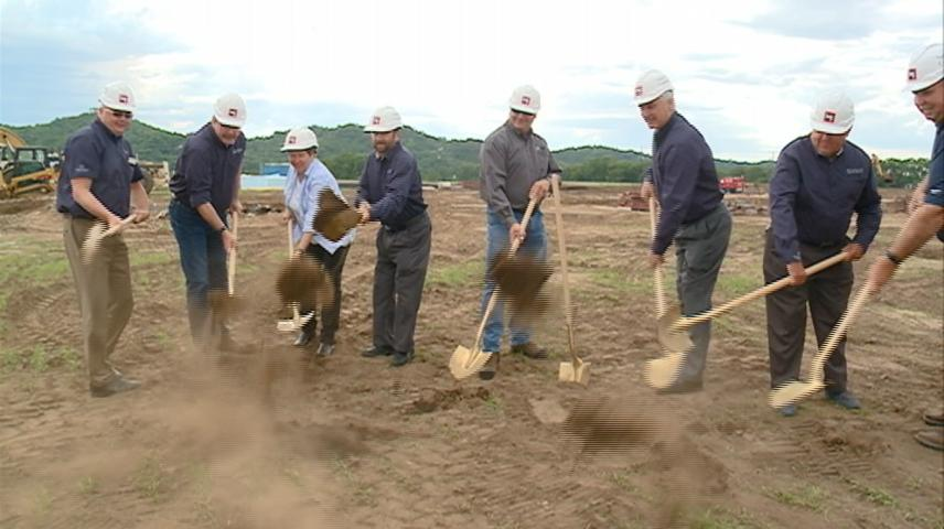 Groundbreaking held for new Riverland Power Cooperative offices in Holmen