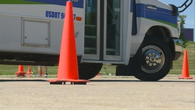 Bus drivers compete at 29th Annual Minnesota Statewide Bus Roadeo