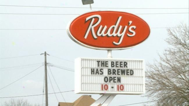 Rudy's Drive-in opens for season in La Crosse