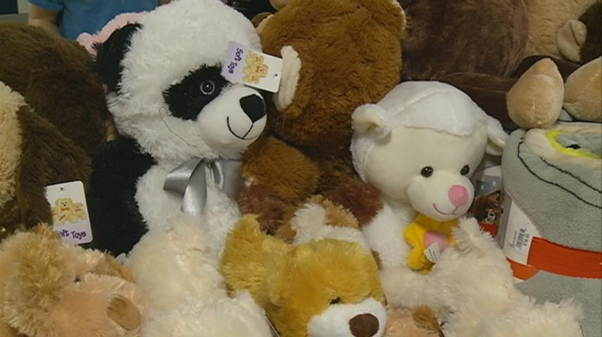 Sara Rose Hougom foundation donates school supplies, stuffed animals to local kids
