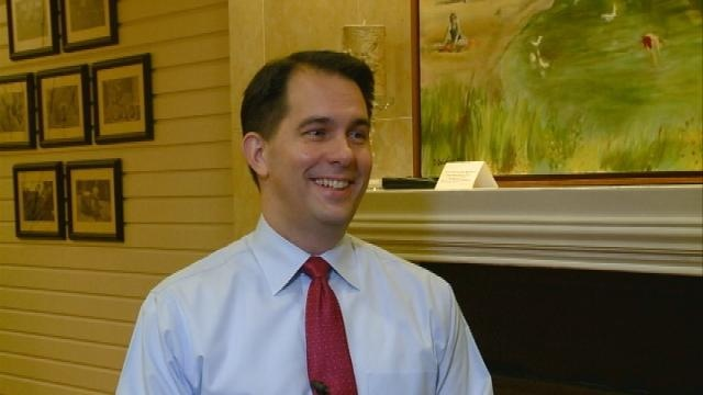 Walker, cabinet members making 100 stops in 10 counties
