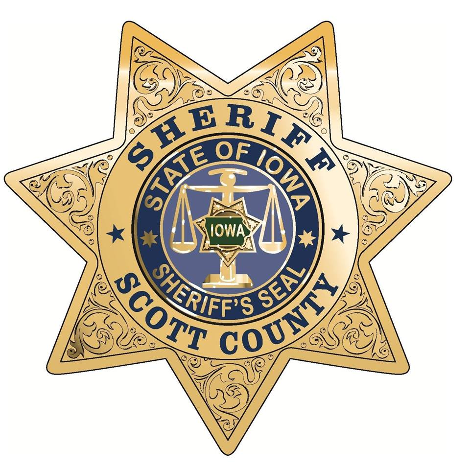Officials: Courthouse bailiff fired gun in confrontation