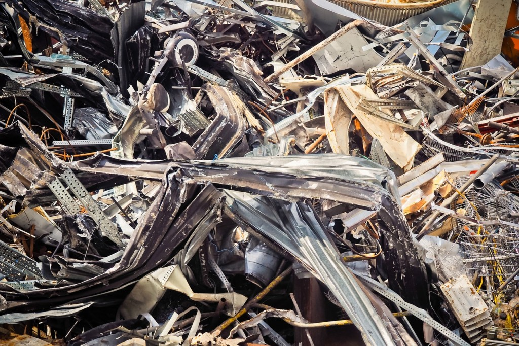 Minnesota residents upset over auto parts recycler