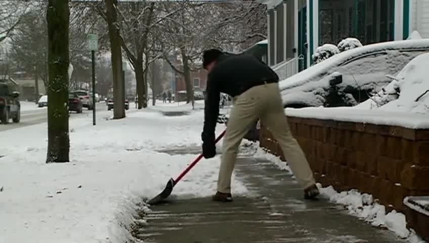 La Crosse shoveling ordinance takes effect