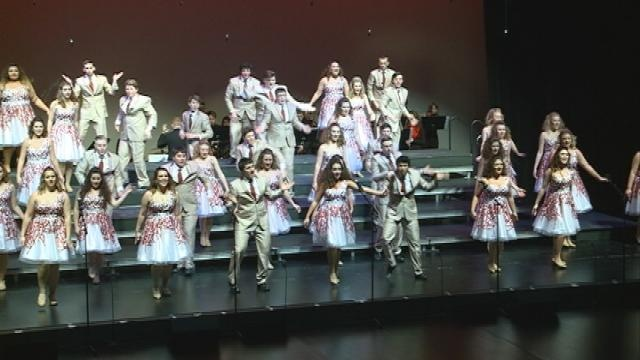Local students compete in 101 Show Choir Competition