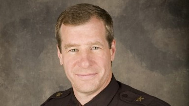 Wisconsin sheriff defends hiring of convicted killer
