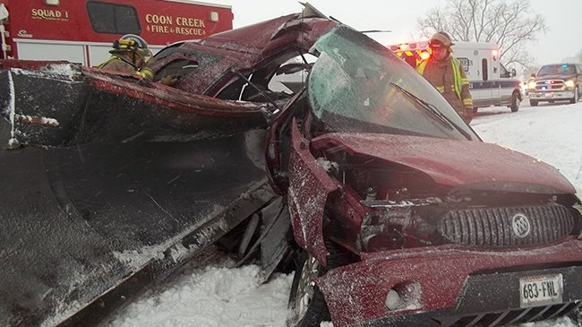 Snow plow accident leaves Viroqua man seriously injured