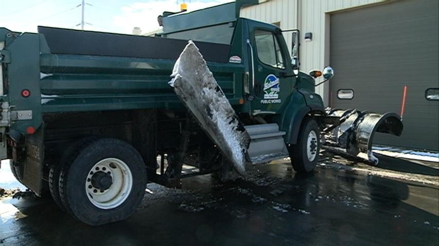 Mild weather keeping snow removal budgets low