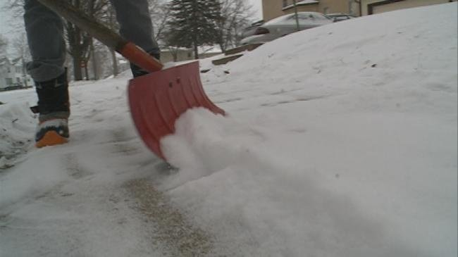 City of La Crosse to issue warnings for unshoveled sidewalks