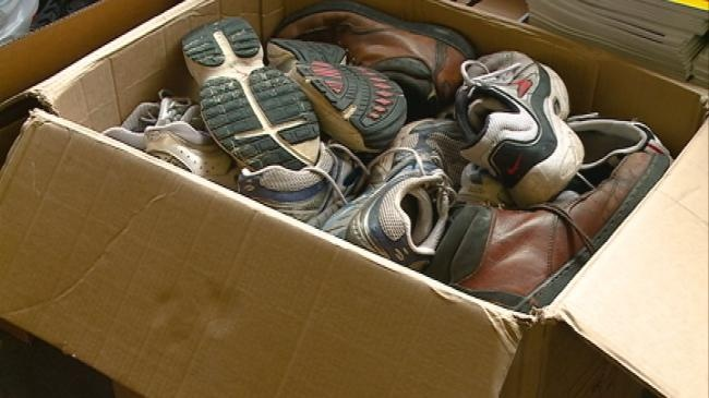 La Crescent students collecting shoes for those less fortunate