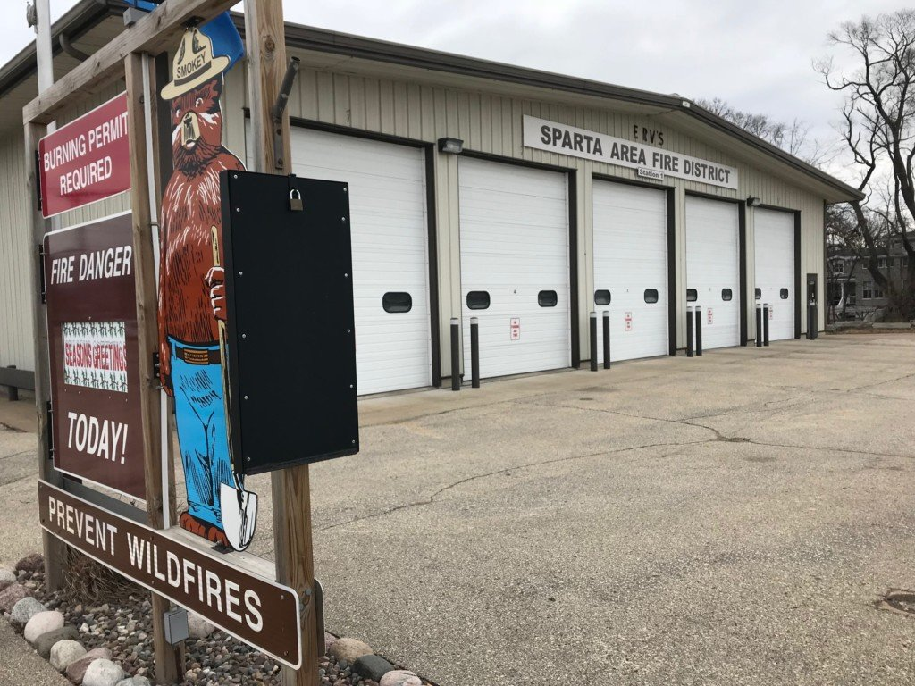 Fire department without a dive team needed to call for help during water rescue
