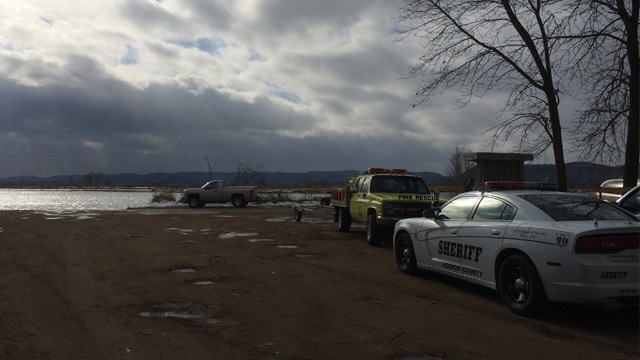 Hunters rescued from capsized boat in Stoddard