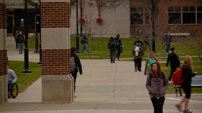 Nearly 75 percent of UW System new grads in debt