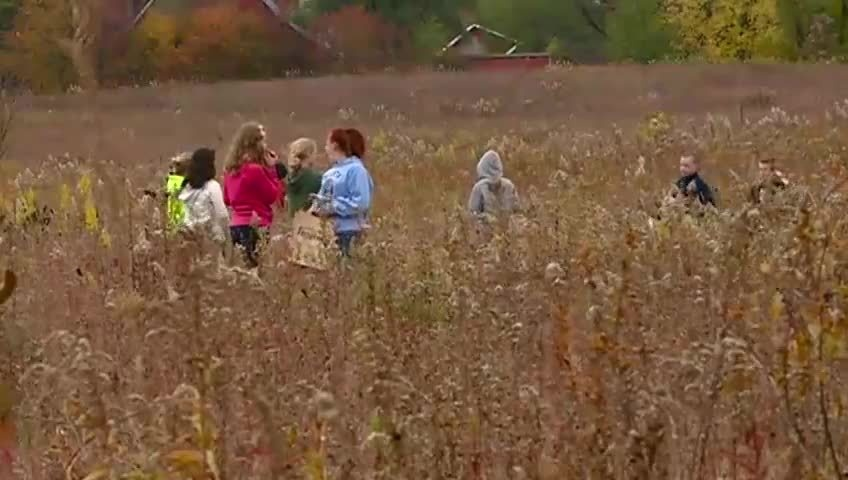 La Crosse students get away from technology, into nature