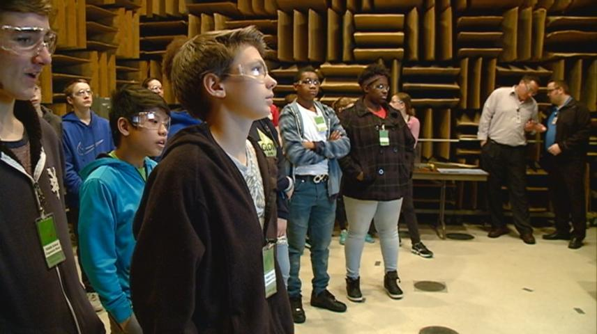 Students learn robotics at Trane in La Crosse