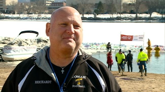 Local man is 'Super Plunger' for Special Olympics