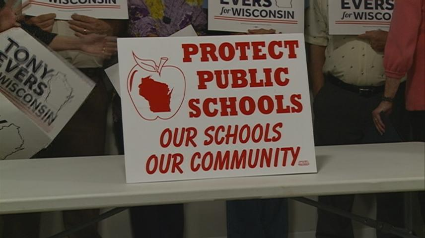 'Support Our Schools' tour criticizes Gov. Walker's education spending during stop in La Crosse