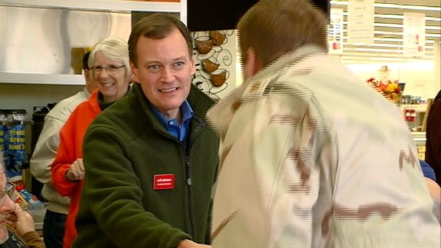 MN candidate for Governor makes stop in Winona