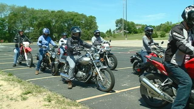 "Wisconsin DOT holds ""Ride Safe"" Program for beginner motorcyclists"