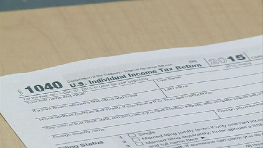 Late tax deadline helps last-minute filers