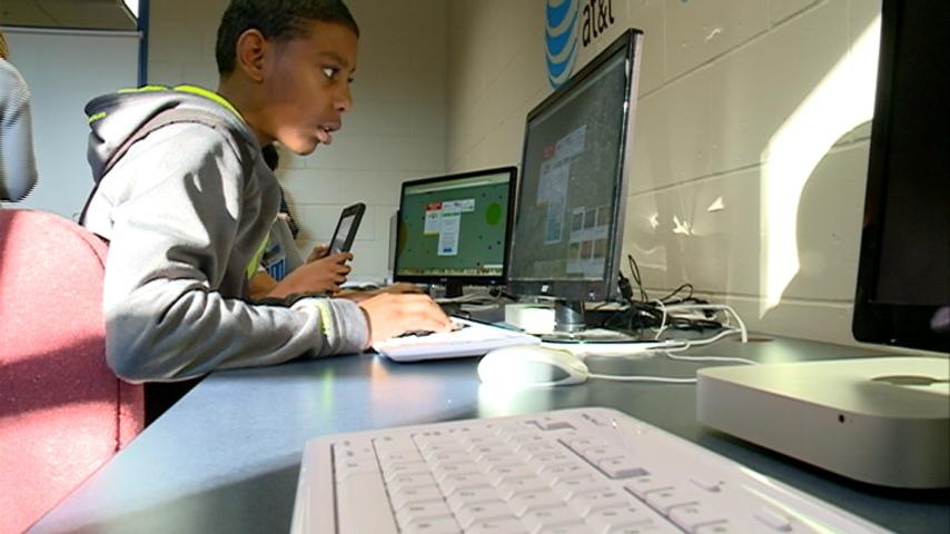 Teen Career Center opens up at Boys & Girls Club