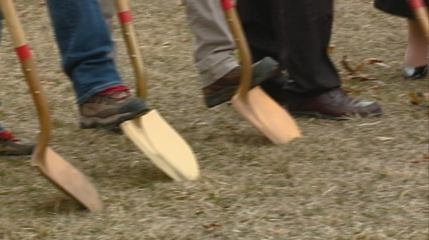 Tomah VA breaks ground on new veterans 'Small Homes'