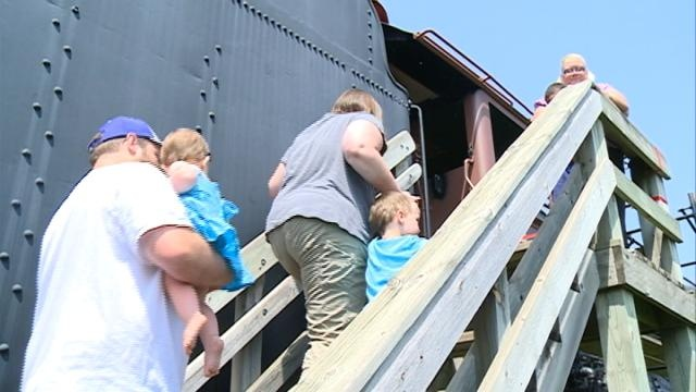 4000 Foundation hosts railroad open house