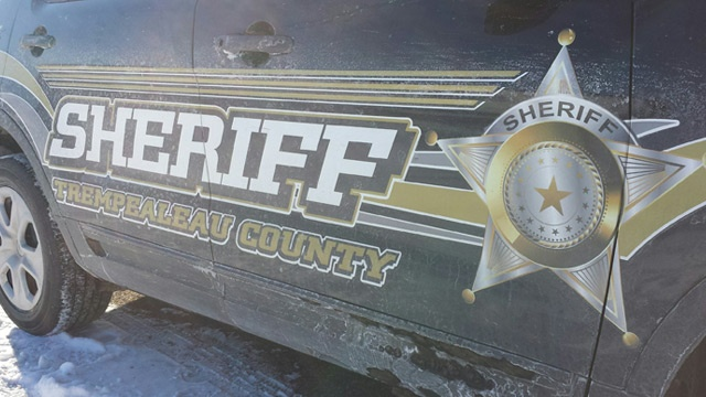 Two men lead Trempealeau Co. authorities on chase