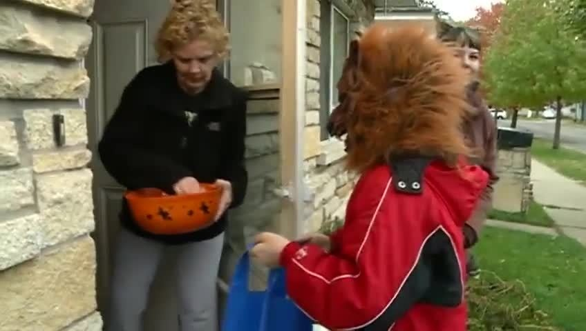 Trick-or-Treating safety tips from La Crosse Police Dept.