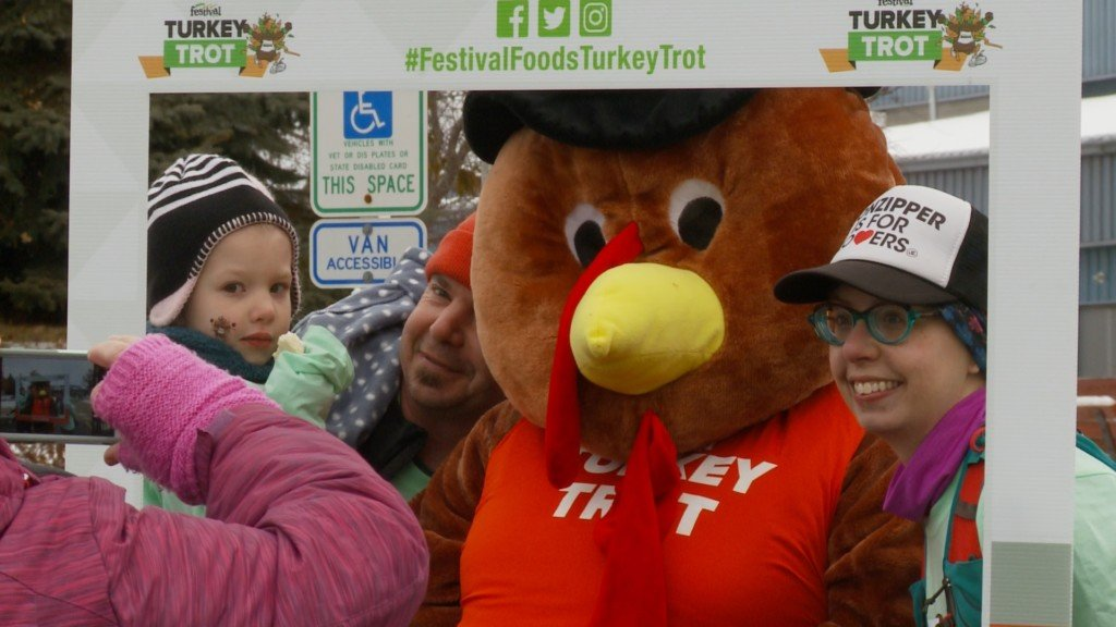 Annual Turkey Trot partners with local humane society