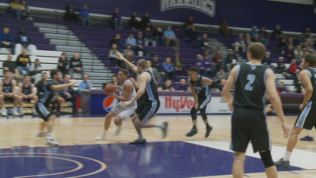 Winona State beats Upper Iowa at home in overtime. 85-80
