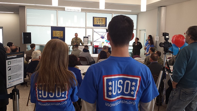 USO Welcome Center at La Crosse airport holds grand opening
