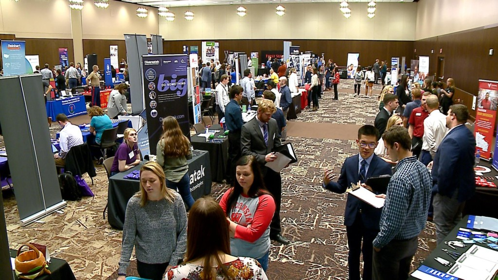 Fall Career Fair provides opportunity for UW-La Crosse students