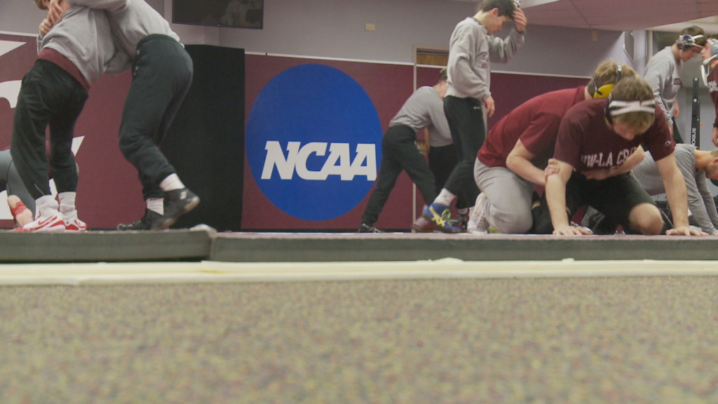 UW-La Crosse wrestling with high expectations for 2019