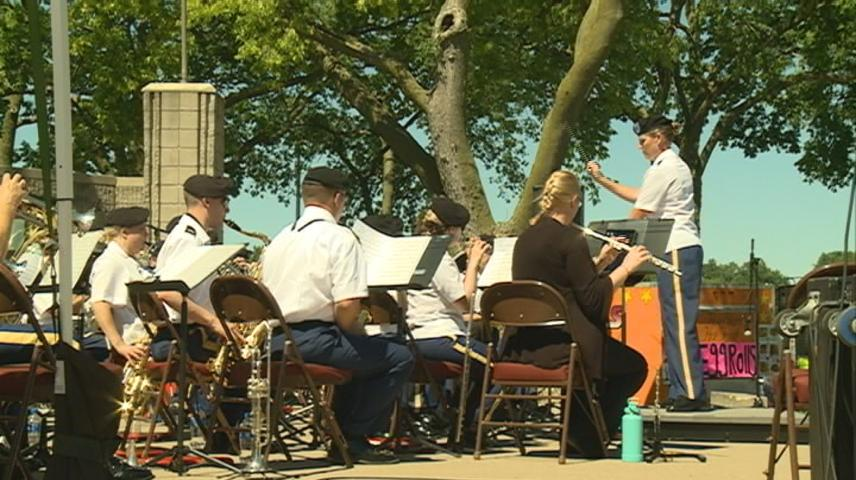 451st Army Band plays at Riverfest