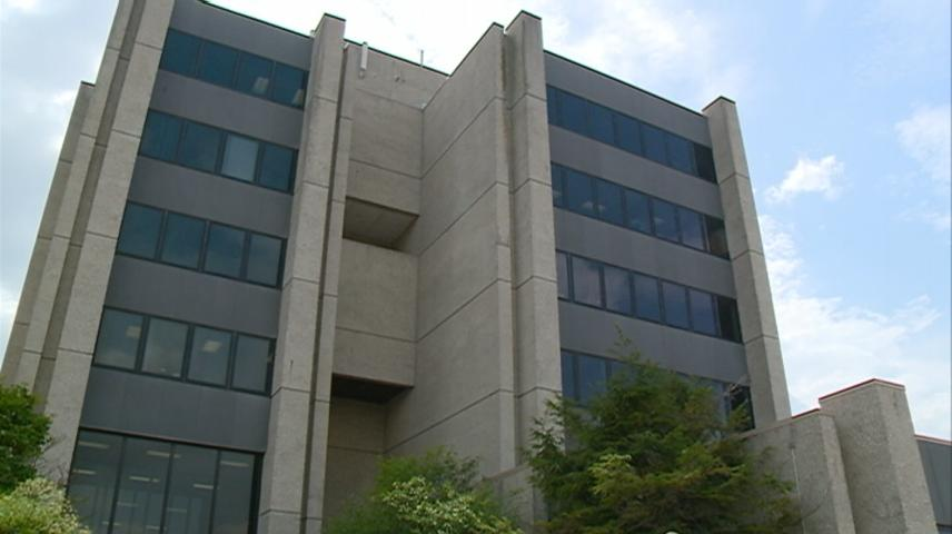 La Crosse Common Council members discuss City Hall safety