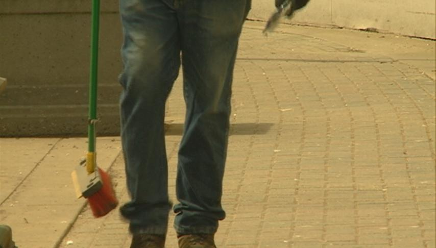 Local residents clean up downtown for Earth Day