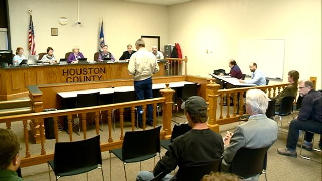 Houston County residents sign petition against frac sand mining