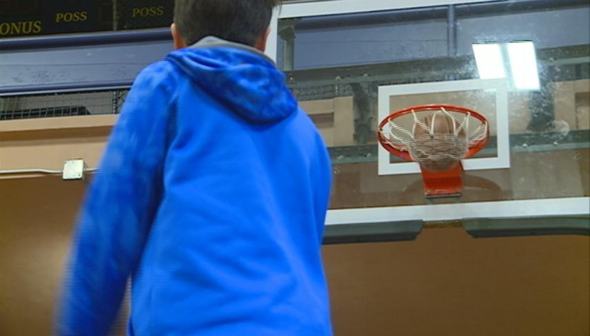 Knights of Columbus free throw competition held at Aquinas High School