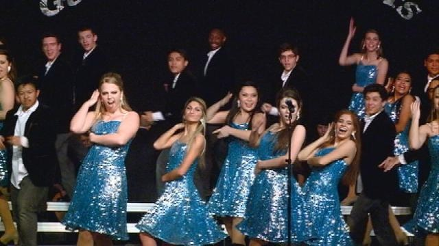 15 schools participate in 'Gathering of the Stars' show choir competition